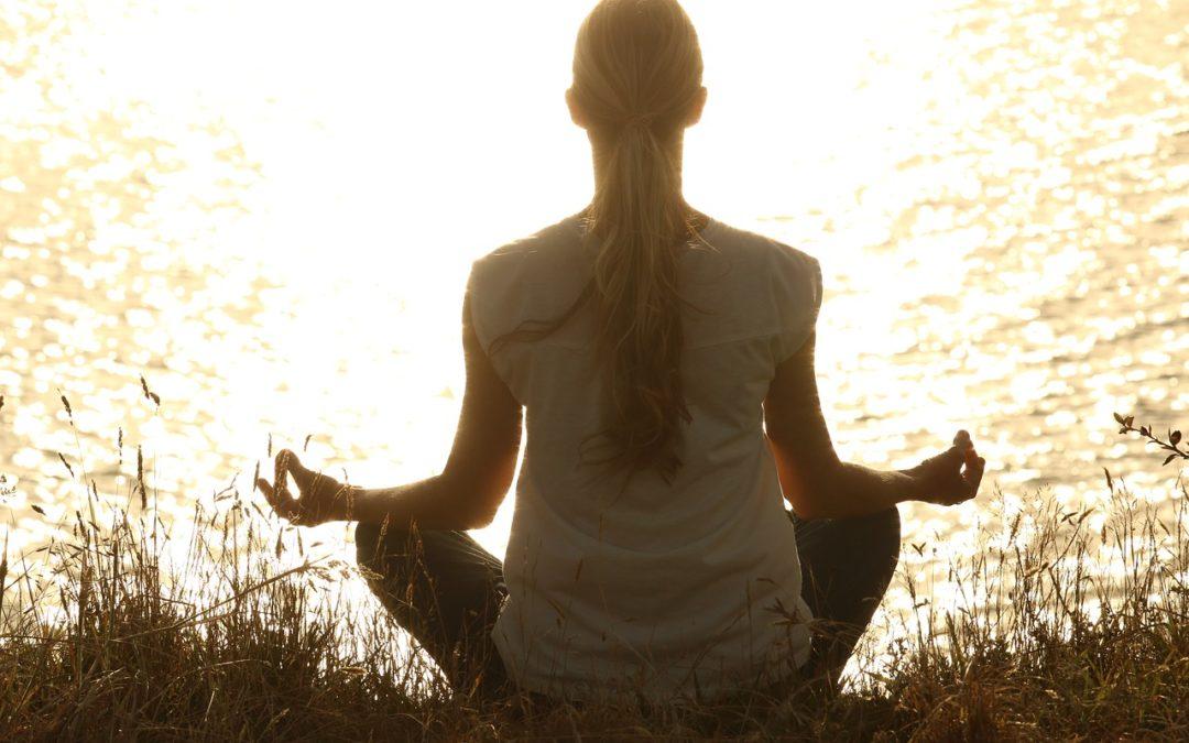 Les 3 bonnes habitudes pour être plus zen dans votre quotidien de maman (sans aller vous enfermer dans un monastère !)
