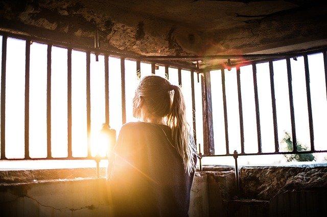 les 6 attitudes à adopter pour devenir plus sereine pendant ce confinement :
